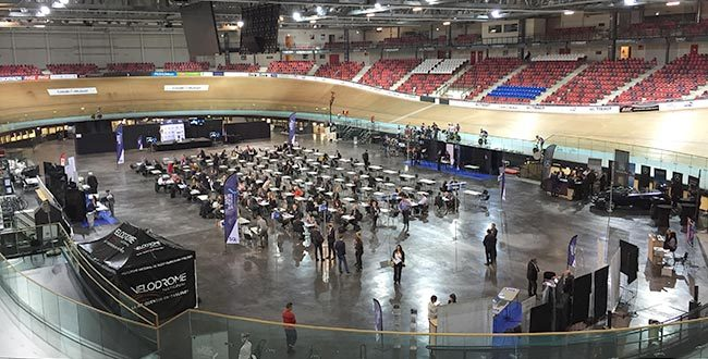 Serious Team a participé aux SQY business Day 2016 au Vélodrome de Saint Quentin en Yvelines (78)